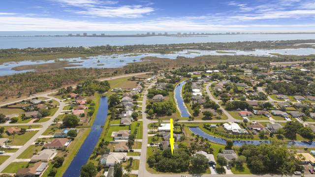 1602 SE North Blackwell Drive, Port Saint Lucie, FL 34952 (MLS #RX-10705215) :: The Jack Coden Group