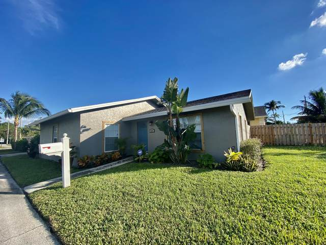 327 NW 2nd Avenue, Delray Beach, FL 33444 (MLS #RX-10705518) :: The Jack Coden Group
