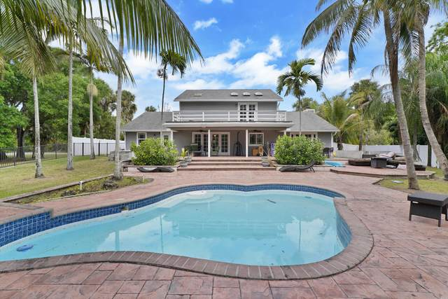 284 Westwood Circle N, West Palm Beach, FL 33411 (MLS #RX-10705850) :: The Jack Coden Group