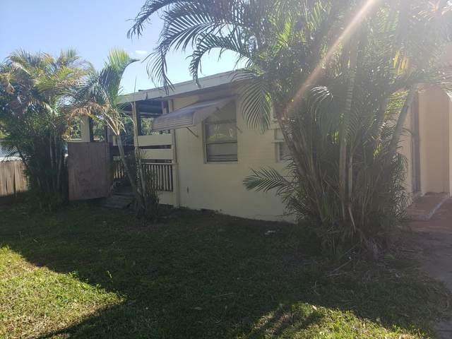 408 N 38th Street, Fort Pierce, FL 34947 (MLS #RX-10705908) :: The Paiz Group