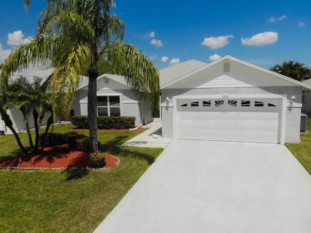 400 Banana Lane, Fort Pierce, FL 34982 (MLS #RX-10705909) :: The Jack Coden Group
