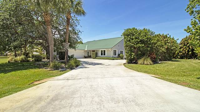 8589 SE Wilkes Place, Hobe Sound, FL 33455 (#RX-10706214) :: Baron Real Estate