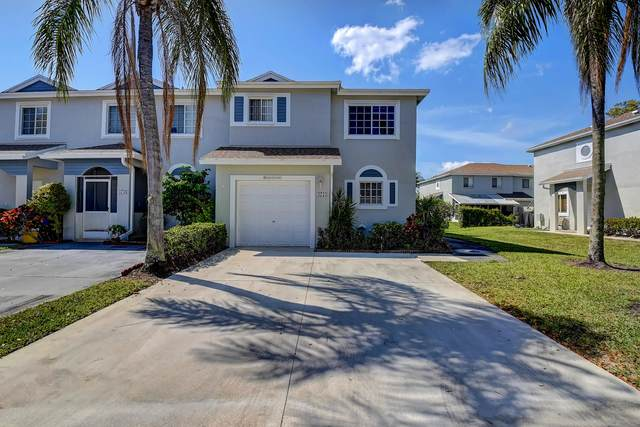 4754 SW 14th Street, Deerfield Beach, FL 33442 (MLS #RX-10706444) :: The Jack Coden Group