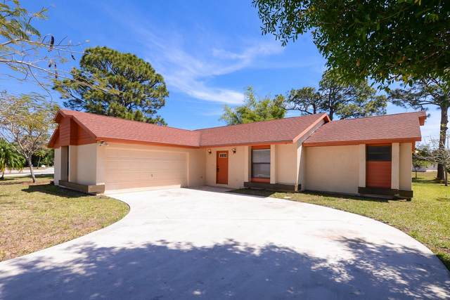 2141 SE Triumph Road, Port Saint Lucie, FL 34952 (#RX-10706499) :: Real Treasure Coast