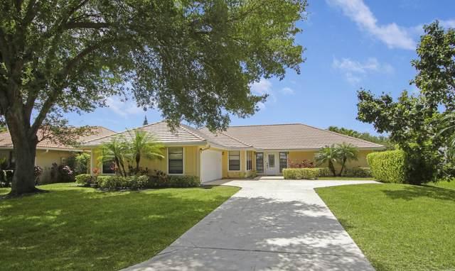 2 Glengary Road, Palm Beach Gardens, FL 33418 (#RX-10706654) :: Dalton Wade