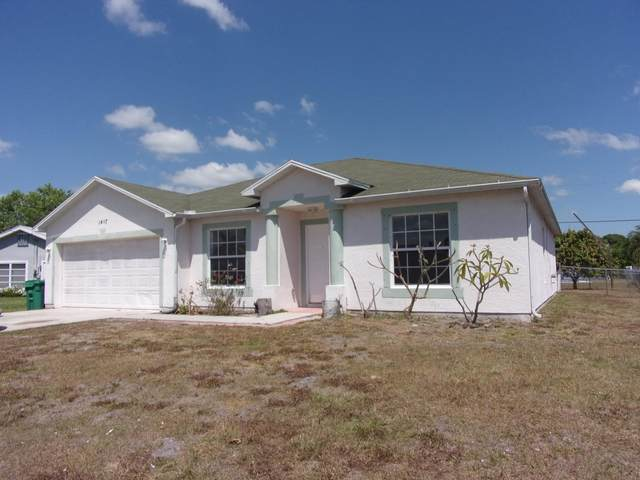 1407 SE Grapeland Avenue, Port Saint Lucie, FL 34952 (#RX-10706738) :: Real Treasure Coast