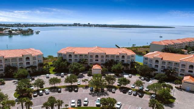 4 Harbour Isle Drive E Ph-1, Fort Pierce, FL 34949 (#RX-10706844) :: Baron Real Estate