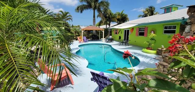 2464 NE 16th Court, Jensen Beach, FL 34957 (#RX-10706981) :: The Rizzuto Woodman Team