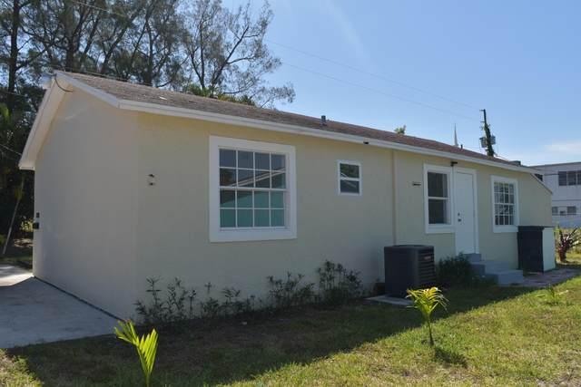2400 Oswego Avenue, West Palm Beach, FL 33409 (MLS #RX-10706992) :: Berkshire Hathaway HomeServices EWM Realty