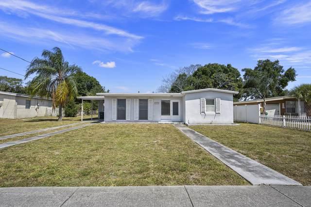 213 NE Prima Vista Boulevard, Port Saint Lucie, FL 34983 (#RX-10707157) :: Baron Real Estate