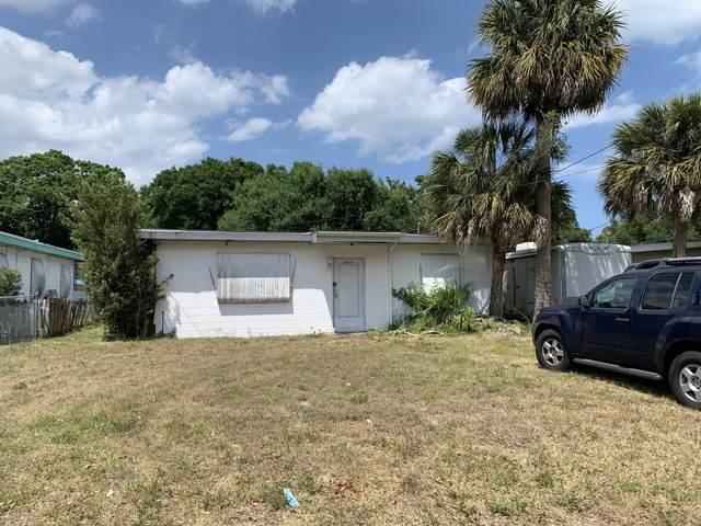 2404 Florida Avenue, Fort Pierce, FL 34950 (#RX-10707212) :: Baron Real Estate