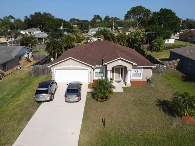 1185 SW Ithaca Street, Port Saint Lucie, FL 34983 (MLS #RX-10707494) :: The Paiz Group