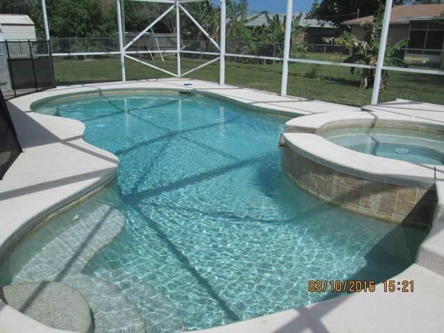 107 NW Dorchester Street, Port Saint Lucie, FL 34983 (MLS #RX-10707575) :: The Paiz Group