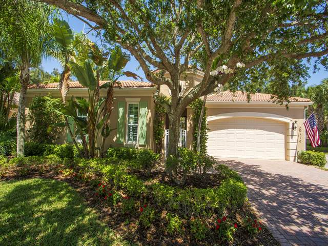 2110 N Maiden Lane, Vero Beach, FL 32963 (MLS #RX-10707687) :: The Jack Coden Group