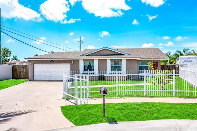 19230 SW 119th Avenue, Miami, FL 33177 (MLS #RX-10707790) :: Castelli Real Estate Services
