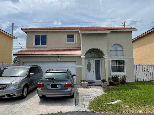 280 SW 100 Ter Terrace, Pembroke Pines, FL 33025 (#RX-10707974) :: Signature International Real Estate
