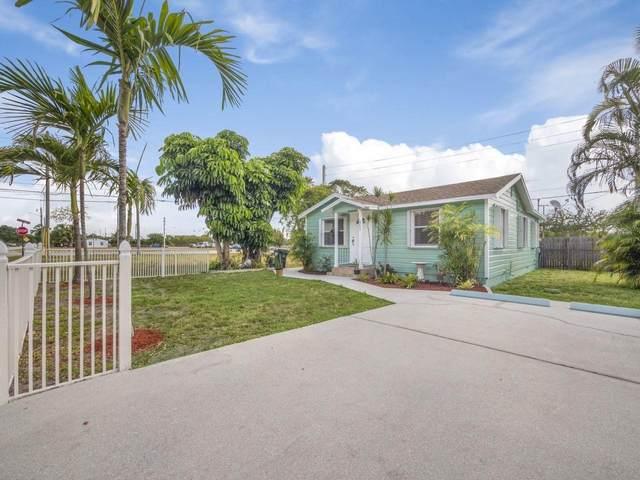 552 Jackson Avenue, Greenacres, FL 33463 (MLS #RX-10708181) :: Castelli Real Estate Services
