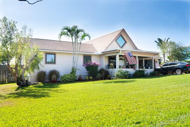 1072 NE Santa Cruz Drive, Jensen Beach, FL 34957 (#RX-10708199) :: Real Treasure Coast