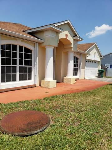 1307 SW Janette Avenue, Port Saint Lucie, FL 34953 (MLS #RX-10709013) :: The Jack Coden Group