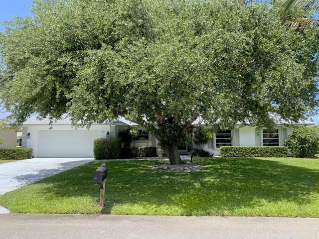 8335 SE Palm Street, Hobe Sound, FL 33455 (MLS #RX-10709048) :: The Paiz Group