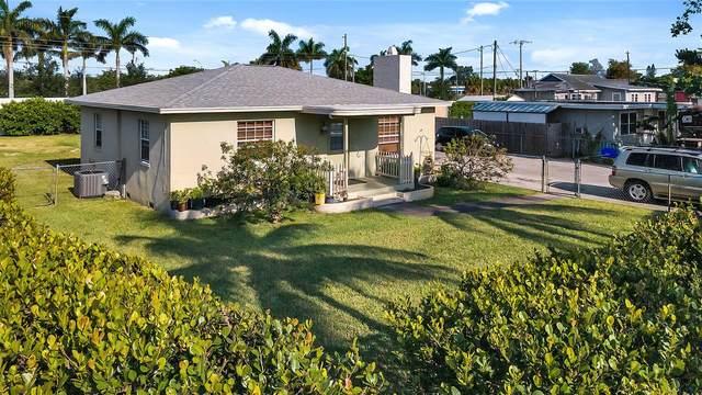 3921 Belle Vue Avenue, Palm Springs, FL 33461 (#RX-10709075) :: Posh Properties