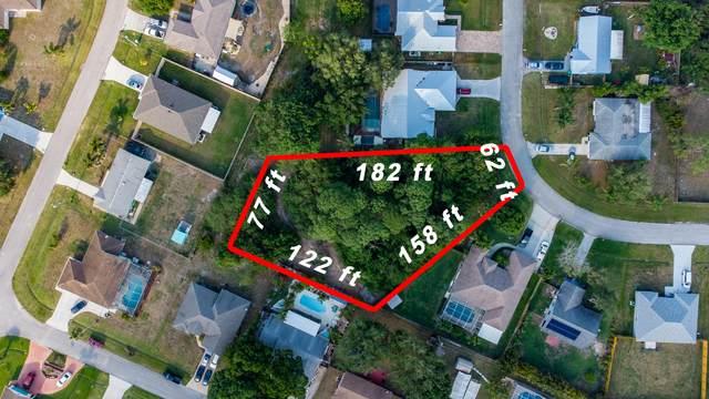 2425 SE Melon Court, Port Saint Lucie, FL 34952 (MLS #RX-10709081) :: The Paiz Group