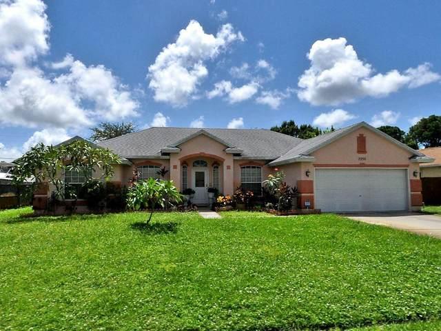 2256 SE Carnation Road, Port Saint Lucie, FL 34952 (#RX-10709113) :: Treasure Property Group