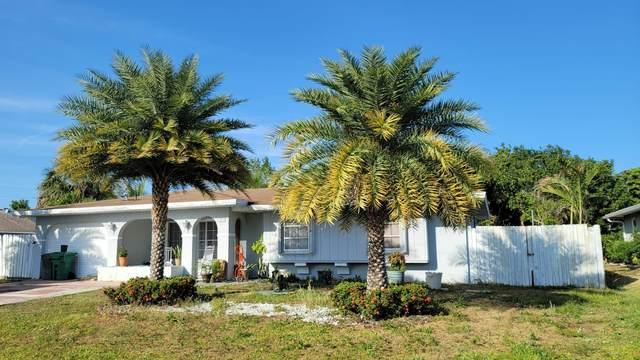 711 SE Floresta Drive, Port Saint Lucie, FL 34983 (MLS #RX-10709208) :: The Jack Coden Group