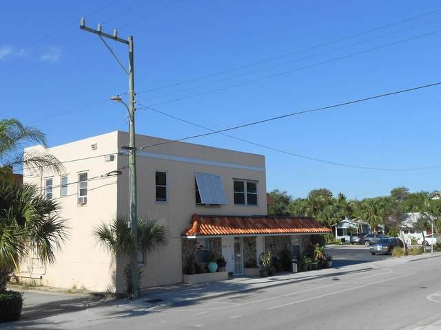 415 2nd Avenue N, Lake Worth Beach, FL 33460 (MLS #RX-10709211) :: The Jack Coden Group