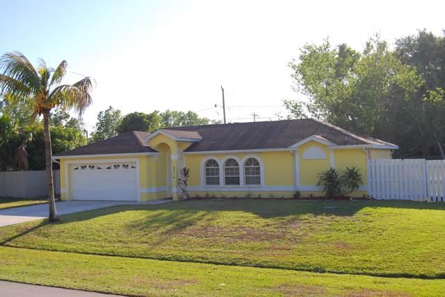 2514 SE Rock Springs Drive, Port Saint Lucie, FL 34952 (MLS #RX-10709252) :: The Paiz Group