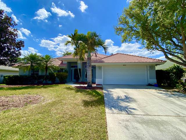 3802 SE Fairway W, Stuart, FL 34997 (MLS #RX-10709361) :: Berkshire Hathaway HomeServices EWM Realty