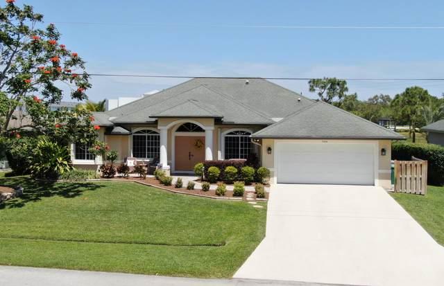 5464 NW Model Court, Port Saint Lucie, FL 34986 (MLS #RX-10709585) :: The Paiz Group