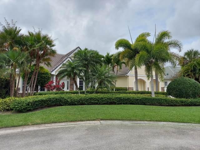 7826 SE Tuliptree Court, Hobe Sound, FL 33455 (MLS #RX-10709962) :: The Jack Coden Group
