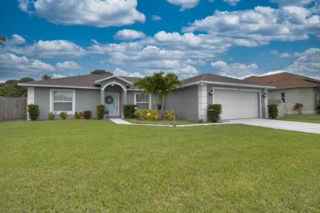 5774 NW Zinnia Street, Port Saint Lucie, FL 34986 (#RX-10710359) :: The Reynolds Team | Compass