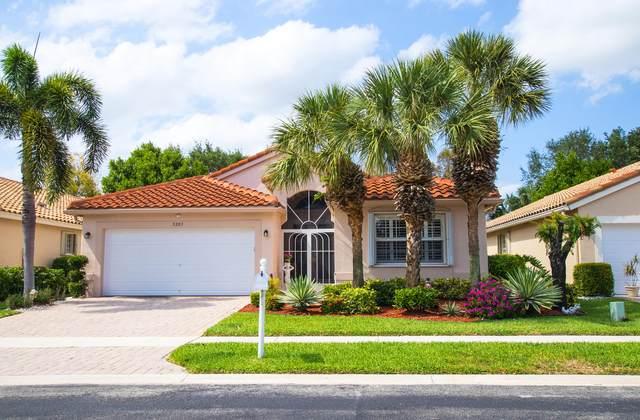 5203 Clover Creek Drive, Boynton Beach, FL 33437 (#RX-10710828) :: Michael Kaufman Real Estate