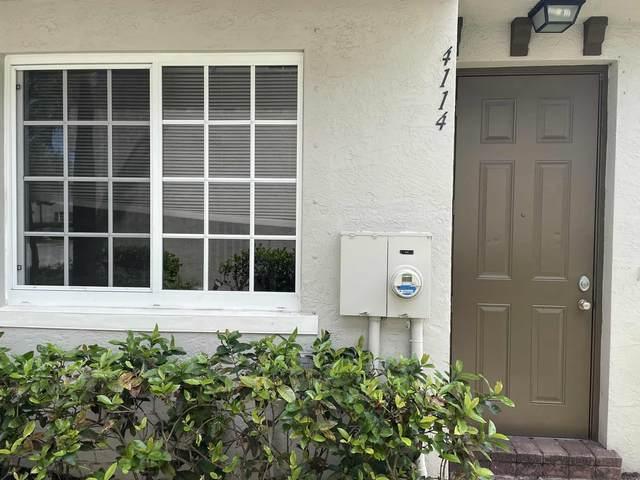 4114 Napoli Lake Drive, Riviera Beach, FL 33410 (#RX-10711597) :: Ryan Jennings Group