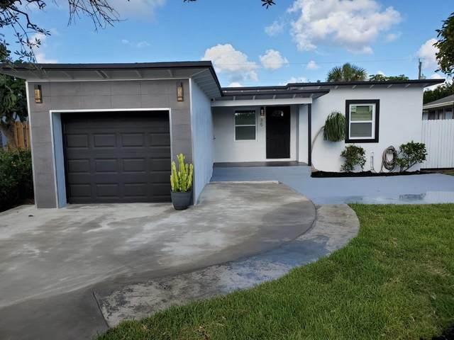 35 SW 11th Avenue, Delray Beach, FL 33444 (#RX-10711603) :: Posh Properties