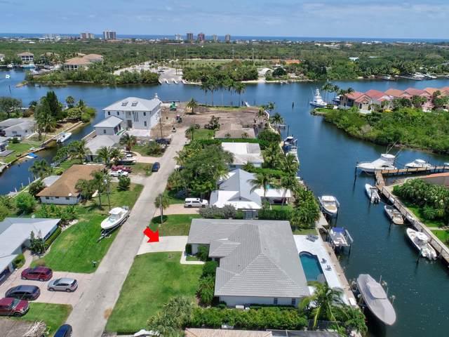 2362 Edward Road, Palm Beach Gardens, FL 33410 (#RX-10712000) :: Posh Properties