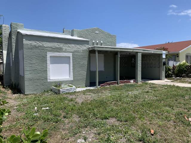 427 Macy Street, West Palm Beach, FL 33405 (#RX-10712036) :: Michael Kaufman Real Estate