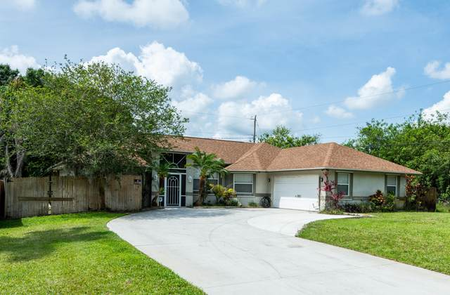 1090 SW Dartmouth Avenue, Port Saint Lucie, FL 34953 (#RX-10712182) :: Posh Properties