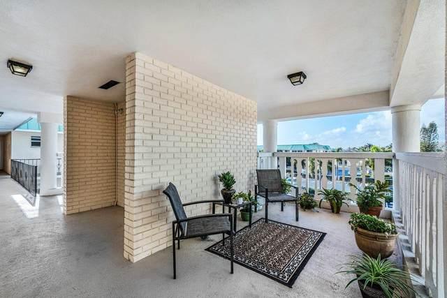 21 Colonial Club Drive #302, Boynton Beach, FL 33435 (#RX-10712271) :: Signature International Real Estate