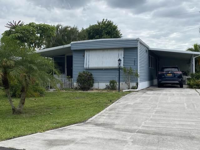 7696 SE Wren Avenue, Hobe Sound, FL 33455 (#RX-10712500) :: Posh Properties