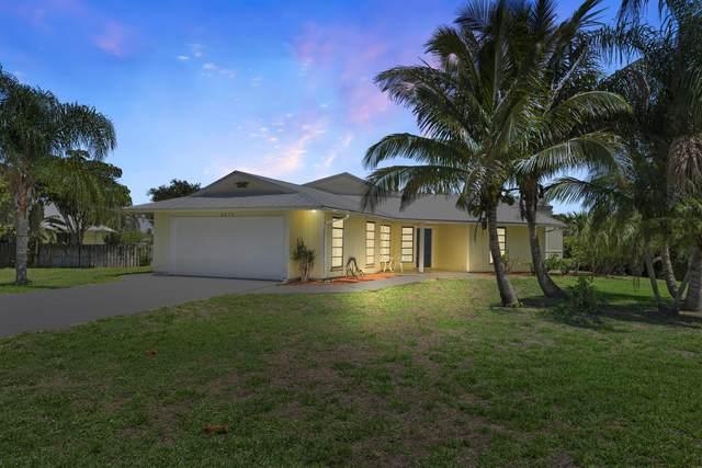 5273 SE Tall Pines Way, Stuart, FL 34997 (#RX-10713052) :: Michael Kaufman Real Estate
