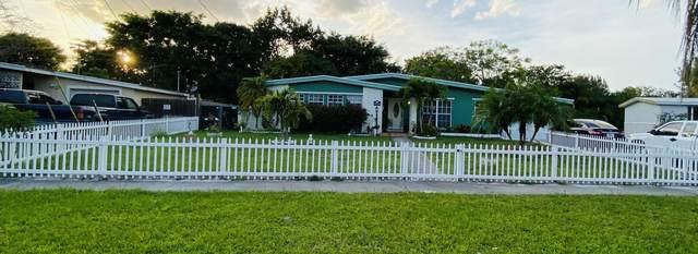 128 NE Estia Lane, Port Saint Lucie, FL 34983 (#RX-10713165) :: Posh Properties