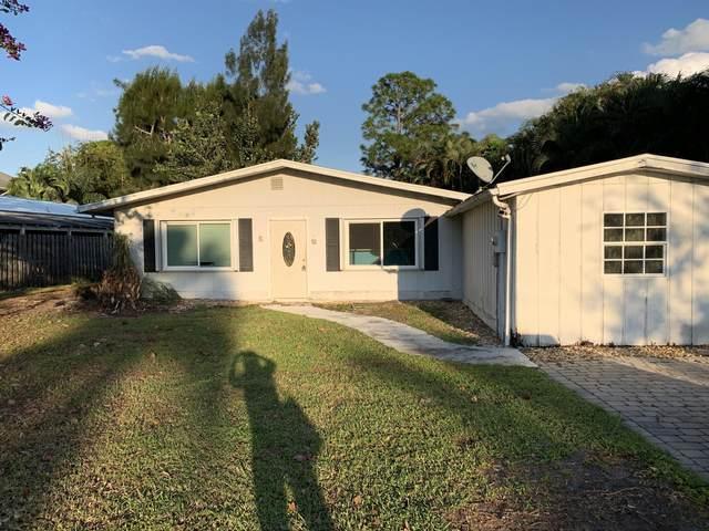 1467 SW Peninsula Lane, Palm City, FL 34990 (#RX-10713470) :: Real Treasure Coast