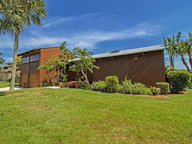 9354 SE Kingsley Street, Hobe Sound, FL 33455 (#RX-10713551) :: DO Homes Group