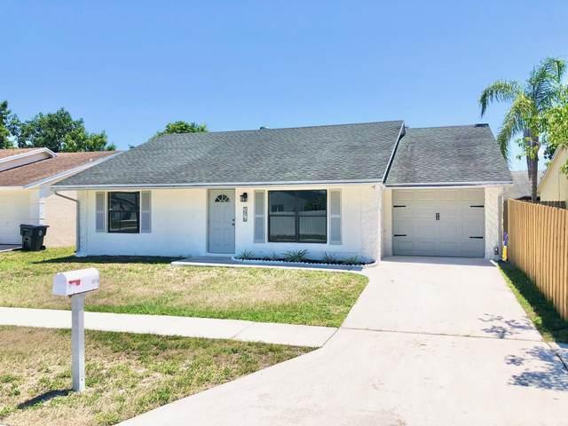 5976 Corson Place, Lake Worth, FL 33463 (#RX-10713729) :: Michael Kaufman Real Estate