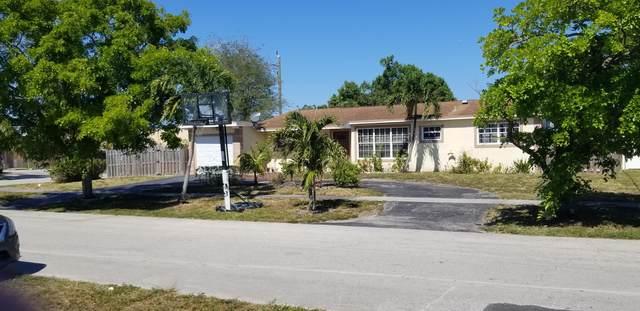 3940 NW 2nd Avenue, Deerfield Beach, FL 33064 (MLS #RX-10713798) :: Castelli Real Estate Services