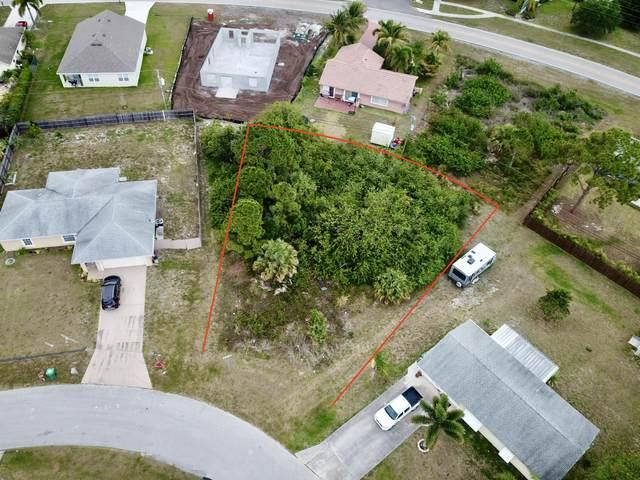 1801 SW Goodman Avenue, Port Saint Lucie, FL 34953 (MLS #RX-10714139) :: Berkshire Hathaway HomeServices EWM Realty