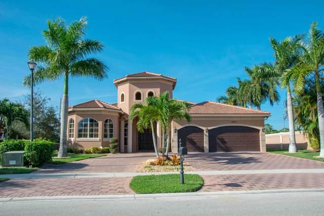 8970 Club Estates Way, Lake Worth, FL 33467 (#RX-10714145) :: Posh Properties